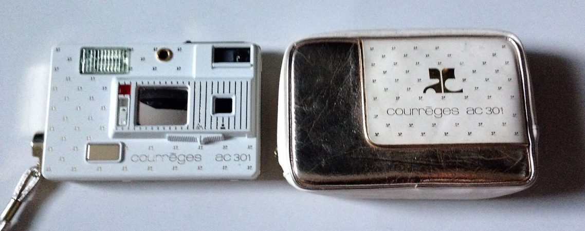 Courreges camera